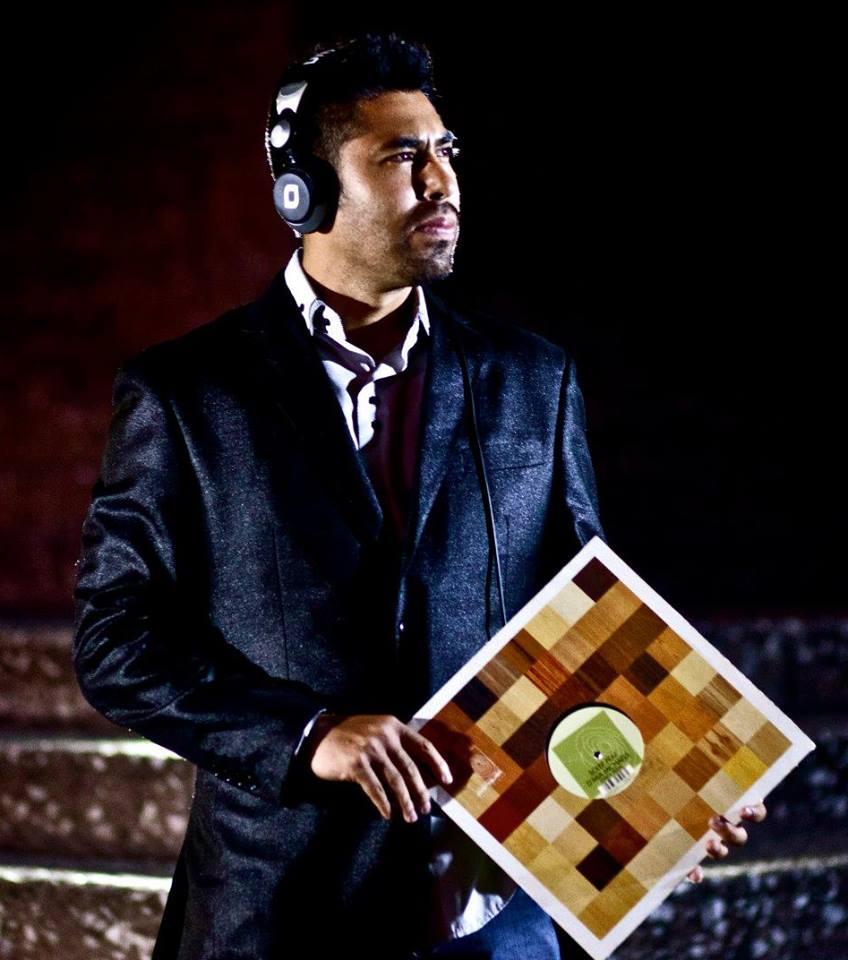 DJ & PRODUCTOR OMAR ROJAS